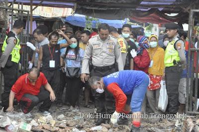 Akhirnya, Pedagang Pasar Pon Diperbolehkan Masuk dan Mencari Barang yang Masih Berharga