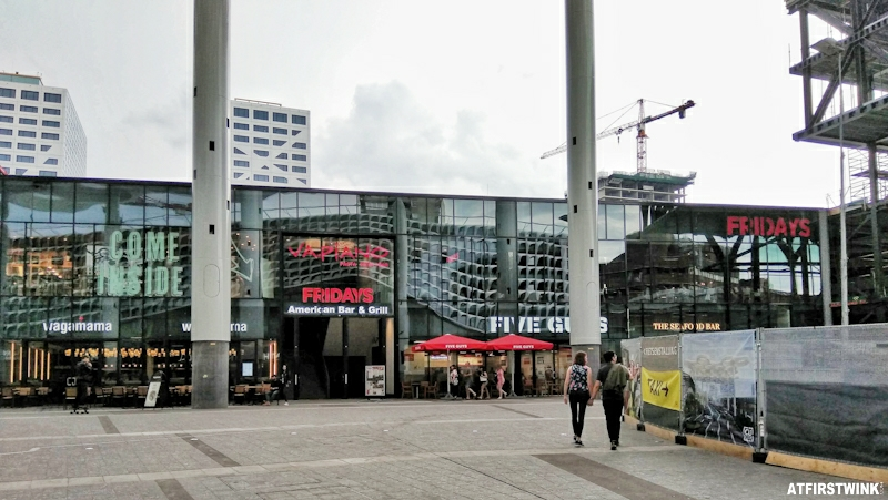 Utrecht Central station wagamama tgi fridays vapiano five guys the seafood bar het paviljoen
