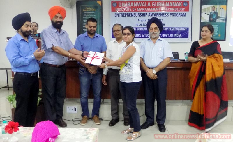 Prof. Manjit Singh Chhabra with guests and experts distributing Certificates