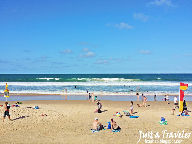 Australia Sunshine Coast Beach attraction surfing-sunshine%2Bcoast-beach-Alexandra%2BHeadland-surf-swim-place-just%2Ba%2Btraveler-family-children