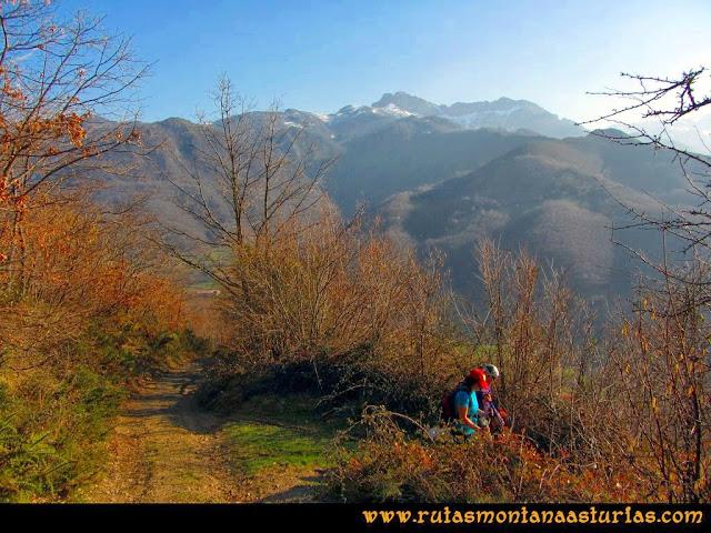 Ruta Requexón Valdunes, la Senda: Bajando de la Senda, desvío del camino principal para llegar a Soto