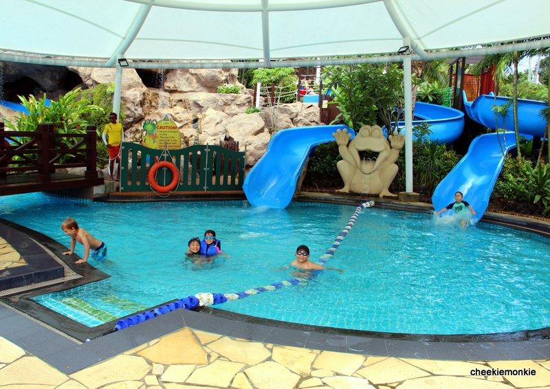 Cheekiemonkies singapore parenting lifestyle blog 10 - Child friendly hotels swimming pool ...