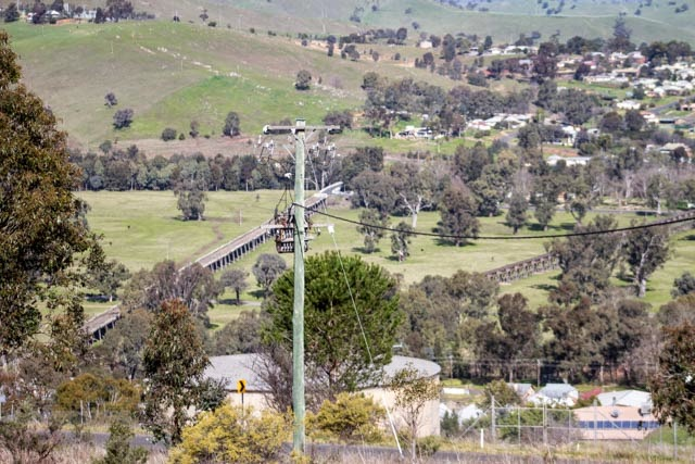 Old Gundagai bridges - Prince Alfred to left, Railway to right