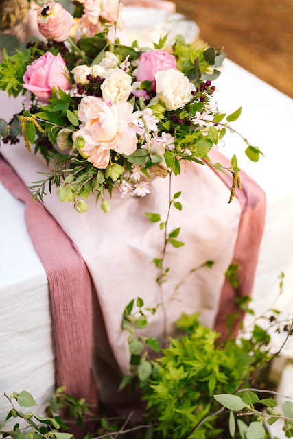 poppy and sage photography weddings cherry blossoms bride groom cake styling