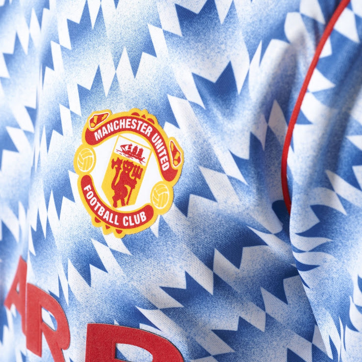 b7cad686408 Two Adidas Originals Manchester United 2017-18 Jerseys Released ...