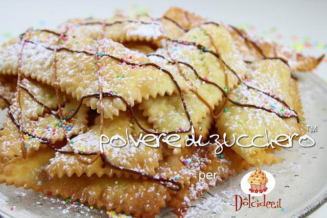 chiacchere carnevale decorazione polvere di zucchero cameo paneangeli dolcidee