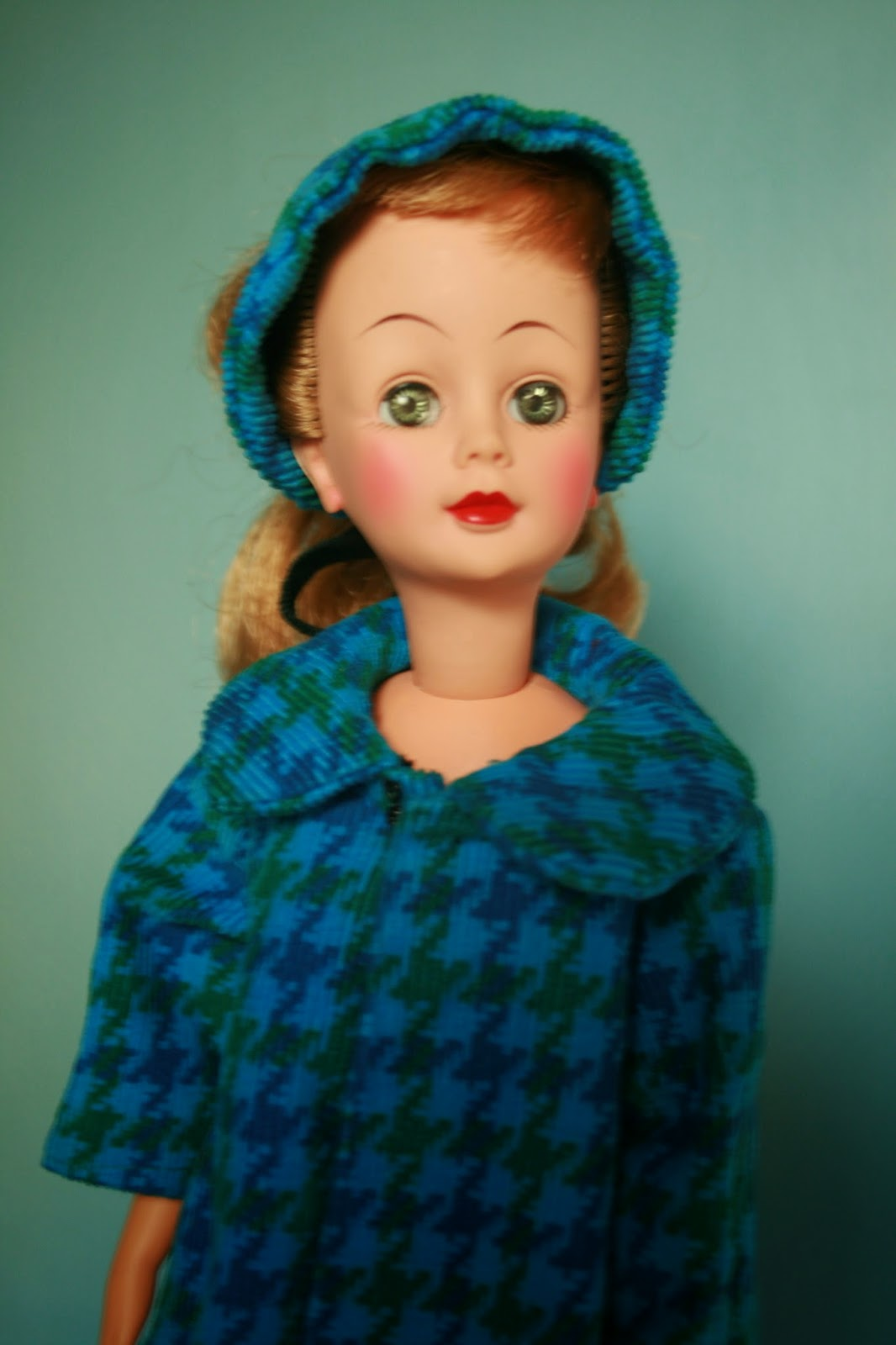 The Dolls Between Us: PLANET OF THE DOLLS: Doll-A-Day 234: Jackie By Ideal