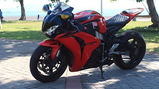 LAPAK MOGE MURAH : Jual Honda CBR1000 Tahun 2010 - LUMAJANG