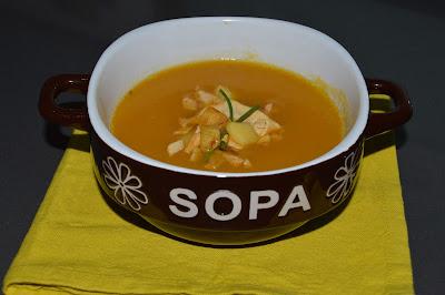 Sopa de Abóbora com Maçã Crocante