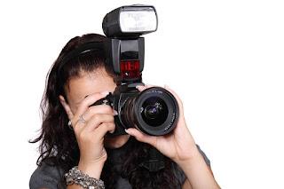 Manfaat FLASH Pada Kamera DSLR