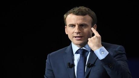 الرئيس الفرنسي ايمانويل ماكرون يتعاون مع انجلترا فى مكافحة الارهاب