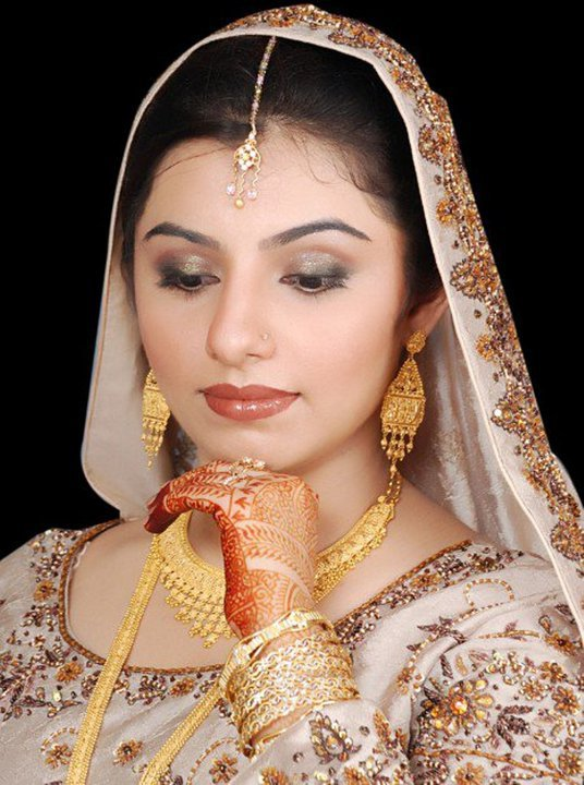 Fun Maza New: pakistani nude Desi Larki Photos desi lesbians