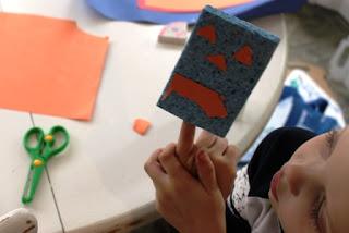 sponge finger puppet