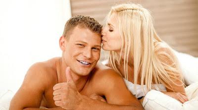 4 تمارين لحياة جنسية وزوجية أفضل امرأة رجل سرير فراش علاقة حميمية جنس ممارسة الحب man woman making love sex bed sleep