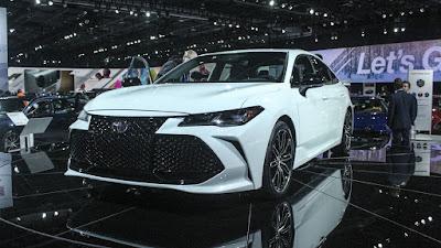 Nouveau Toyota Avalon 2019 - Date de sortie, Prix et Spécifications