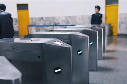 北朝鮮の地下鉄の写真