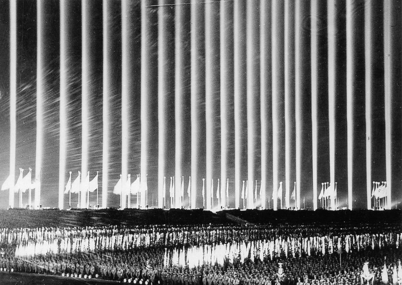 When the war began the lights were used for highlighting enemy airplanes so that the flak could easily shoot them down at night.