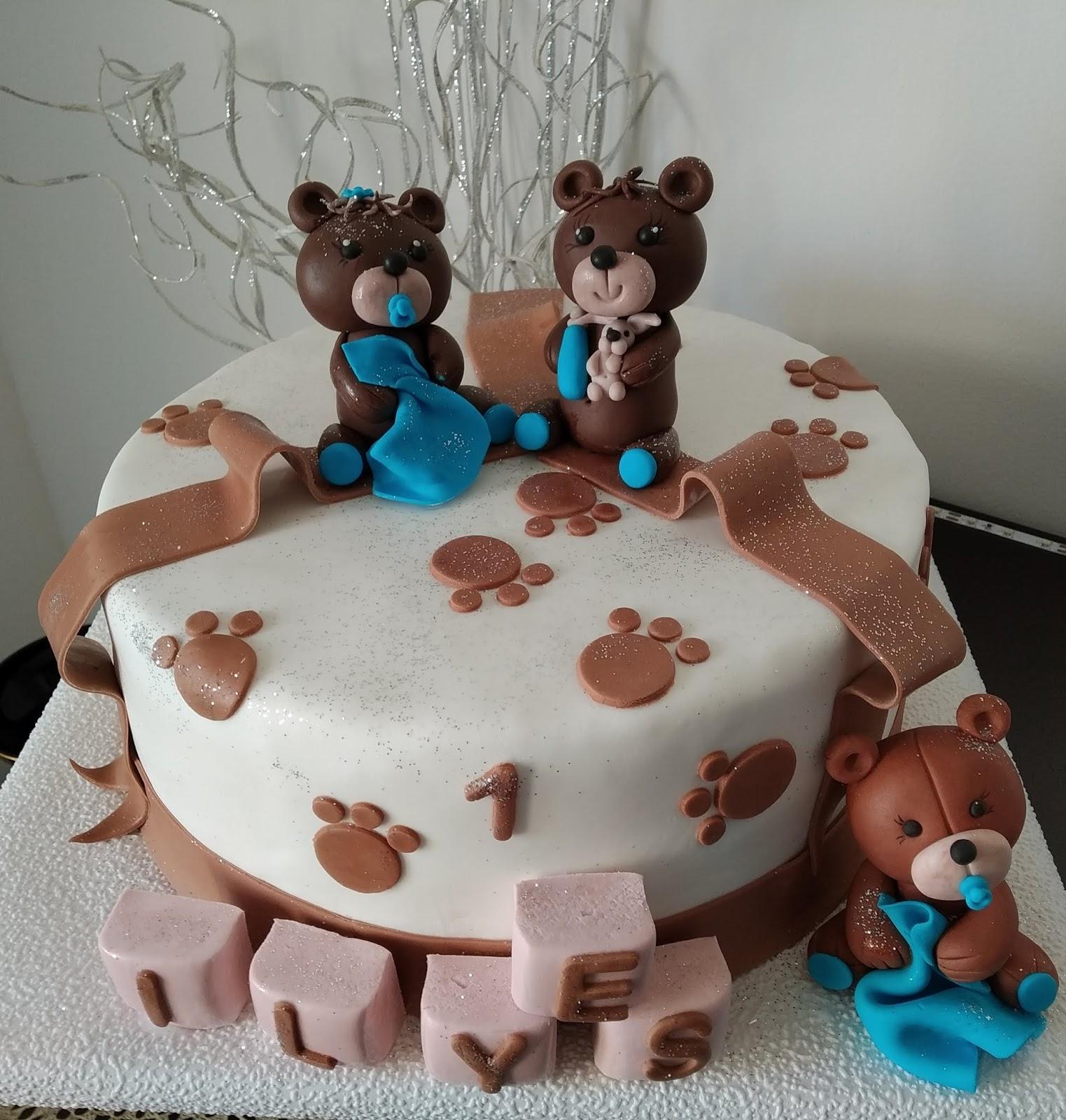 gateau d anniversaire oursons en pate