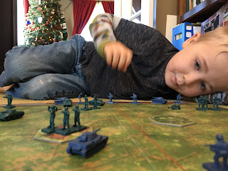 Playing Memoir '44 with kids 4 1/2 years old SquadPainter wargaming first war-game