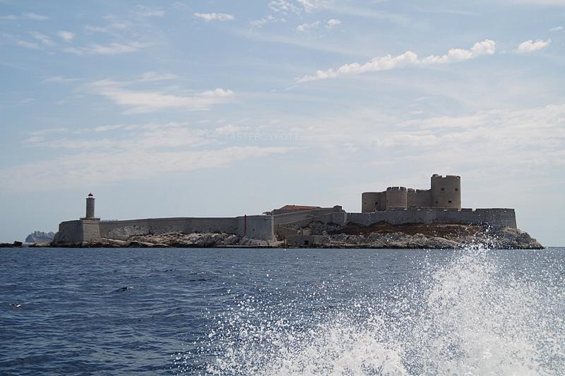 Chateau d'If Gefängnisinsel Marseille Ausflugstipp mit der Fähre // Prison Island Chateau d'If Marseille