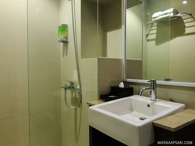 Clove Garden Hotel - Dago Pakar, Bandung Review
