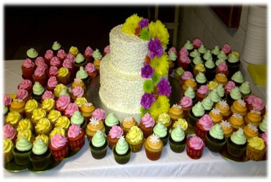 Great Grandmas Birthday Cake And Cupcakes