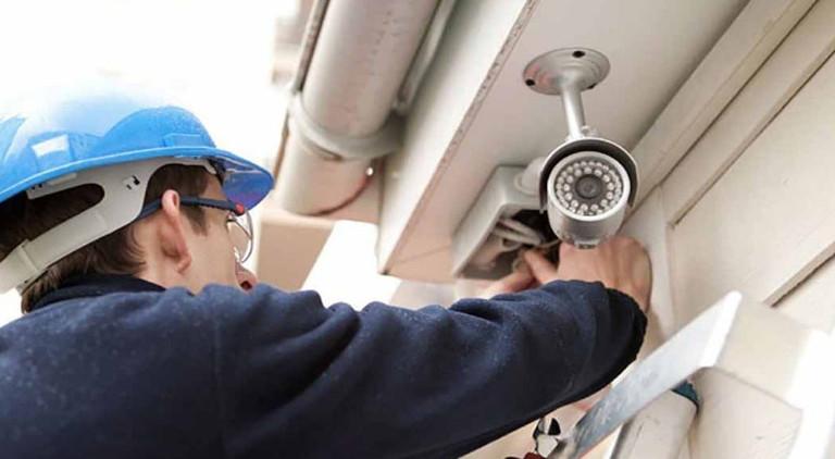 تارودانت24 ..السلطات الأمنية تستعد لوضع كاميرات مراقبة متطورة في عدد من شوارع المدن المغربية