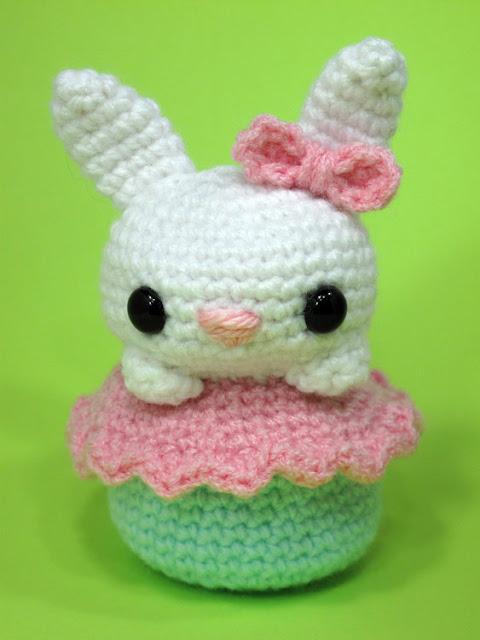 Crochet Amigurumi Bunny Cupcake