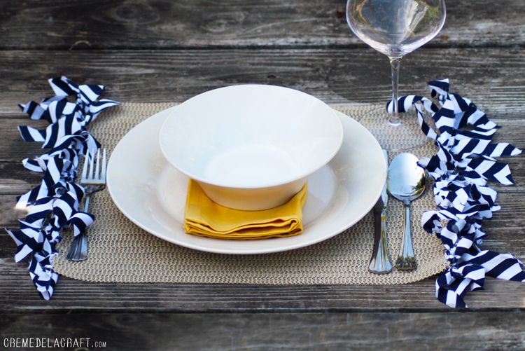 DIY: Fringed Placemat From Drawer Liners