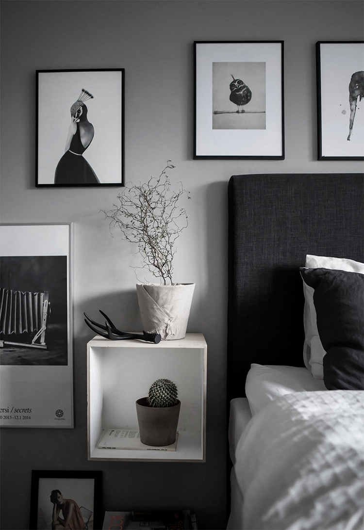 Black and white art on the bedroom wall | Cim Ek