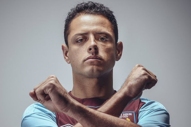 """Penyerang anyar West Ham United, Javier """" Chicharito"""" Hernandez."""