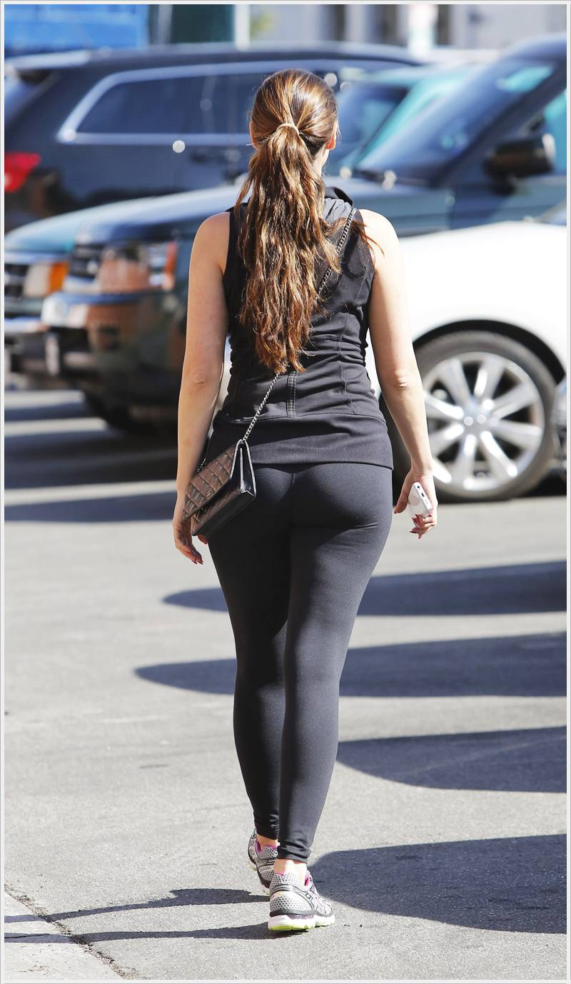 Kelly Brook In La  Actress And Girls Photo Gallery-6333