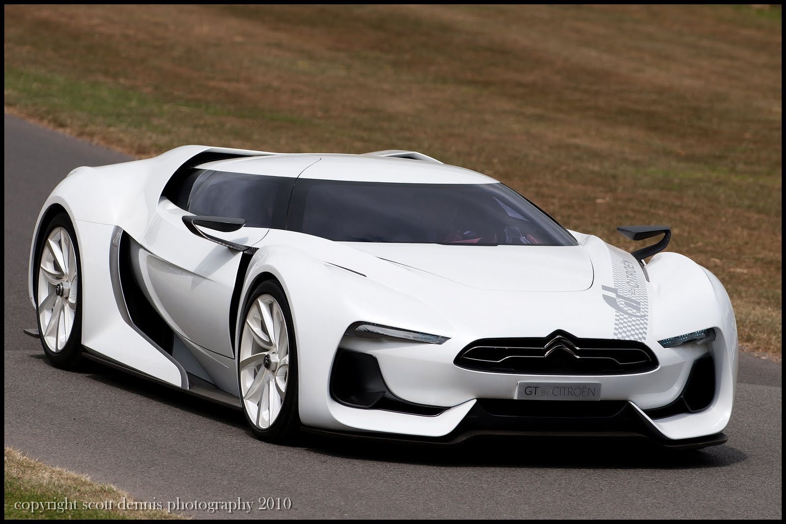 The World Of Otomotif: Citroen GT Concept Futuristic