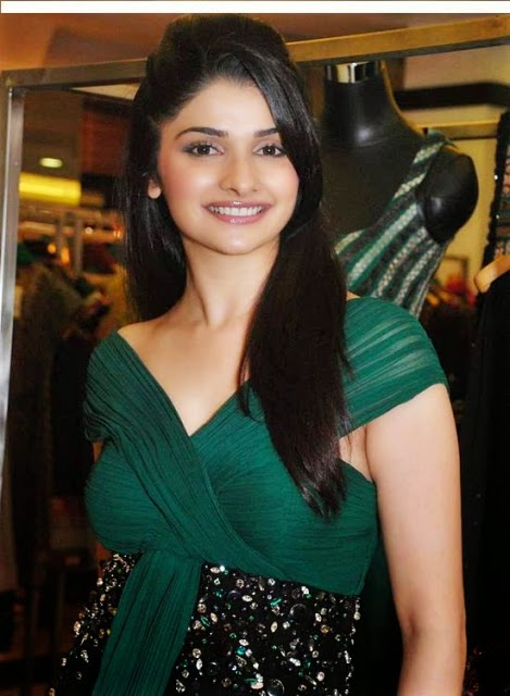 Prachi Desai Full Hot Hd Wallpapers Sexy Images Photos Gallery Indian Top Actress Prachi Desai Hot Body Scene Pictures