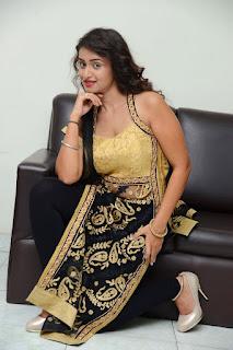 Actress Kiran Chetwani sizzling 035.jpg