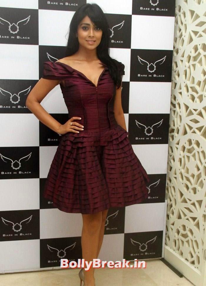 Shriya Saran, Shriya Saran in Open Top Dress