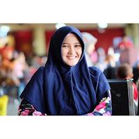 Dewi Permata Sari owner kiciks