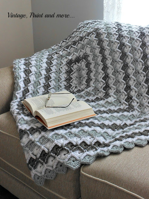 Vintage, Paint and more... crochet afghan made with I Love That Yarn in a diamond pattern