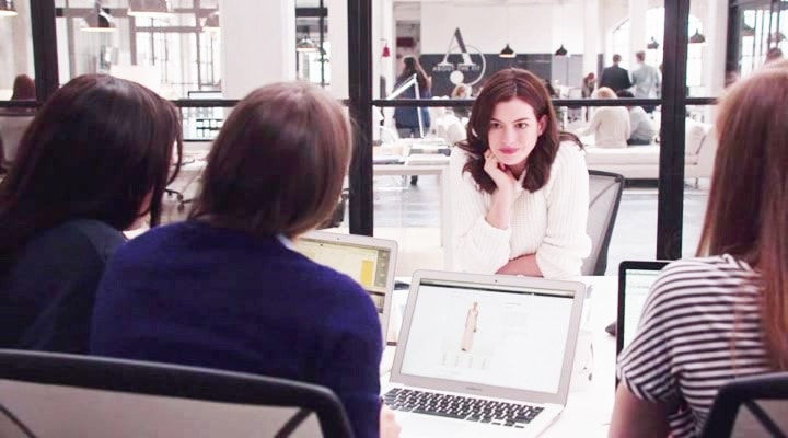10 Lessons Bloggers Must Learn from The Intern