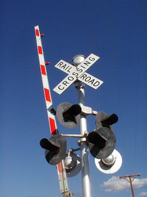 Railroad Crossing Toy - iwate-kokyo