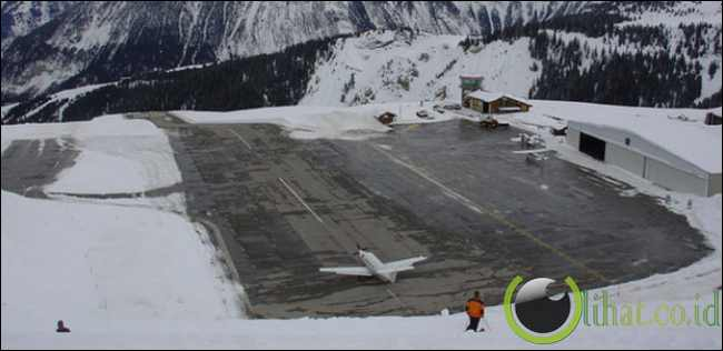 Courchevel Airport, Perancis