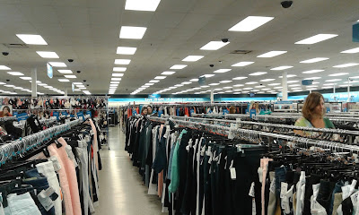 Loja Ross Dress for Less
