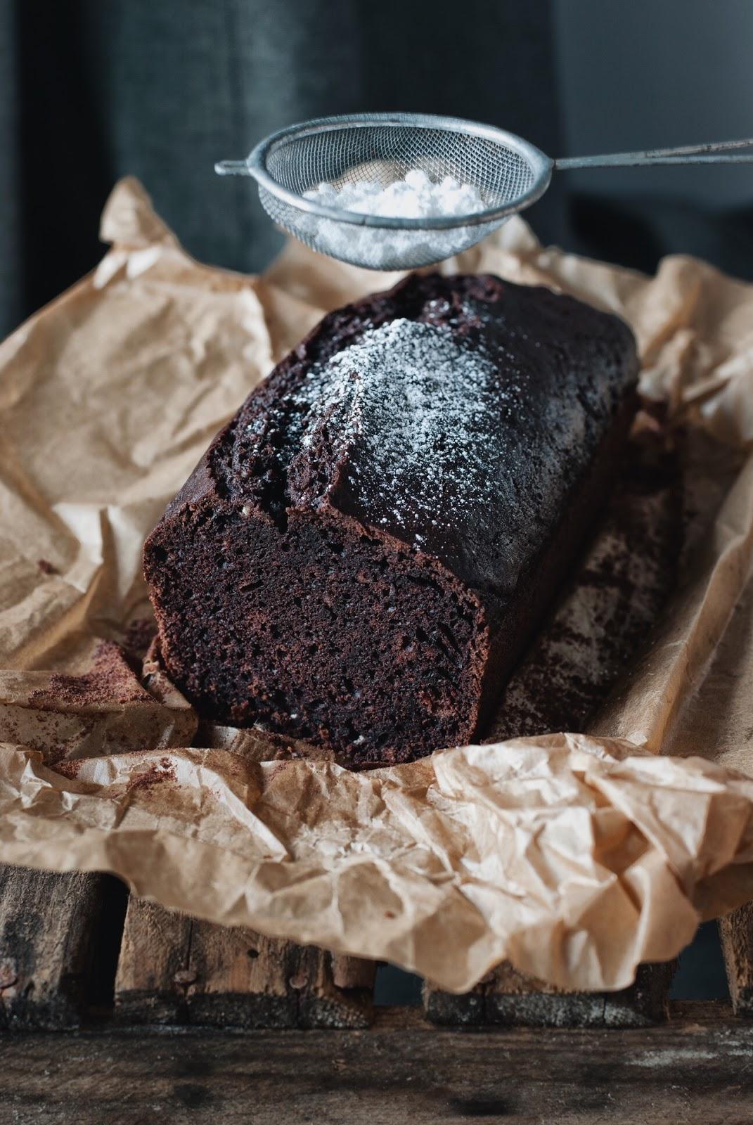 Proste ciasto czekoladowe z piwem