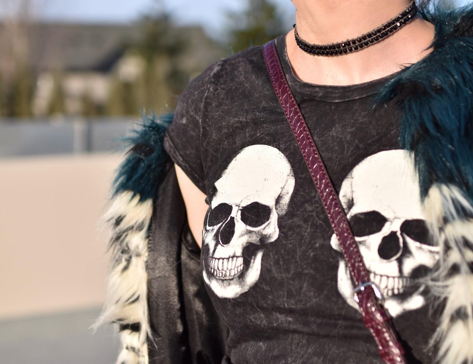 Monika Faulkner outfit inspiration - skull-motif t-shirt, beaded choker