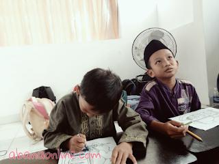 Obrolan Iman Santri Kuttab di Kelas: Al Quran Memang Obat Buktinya..