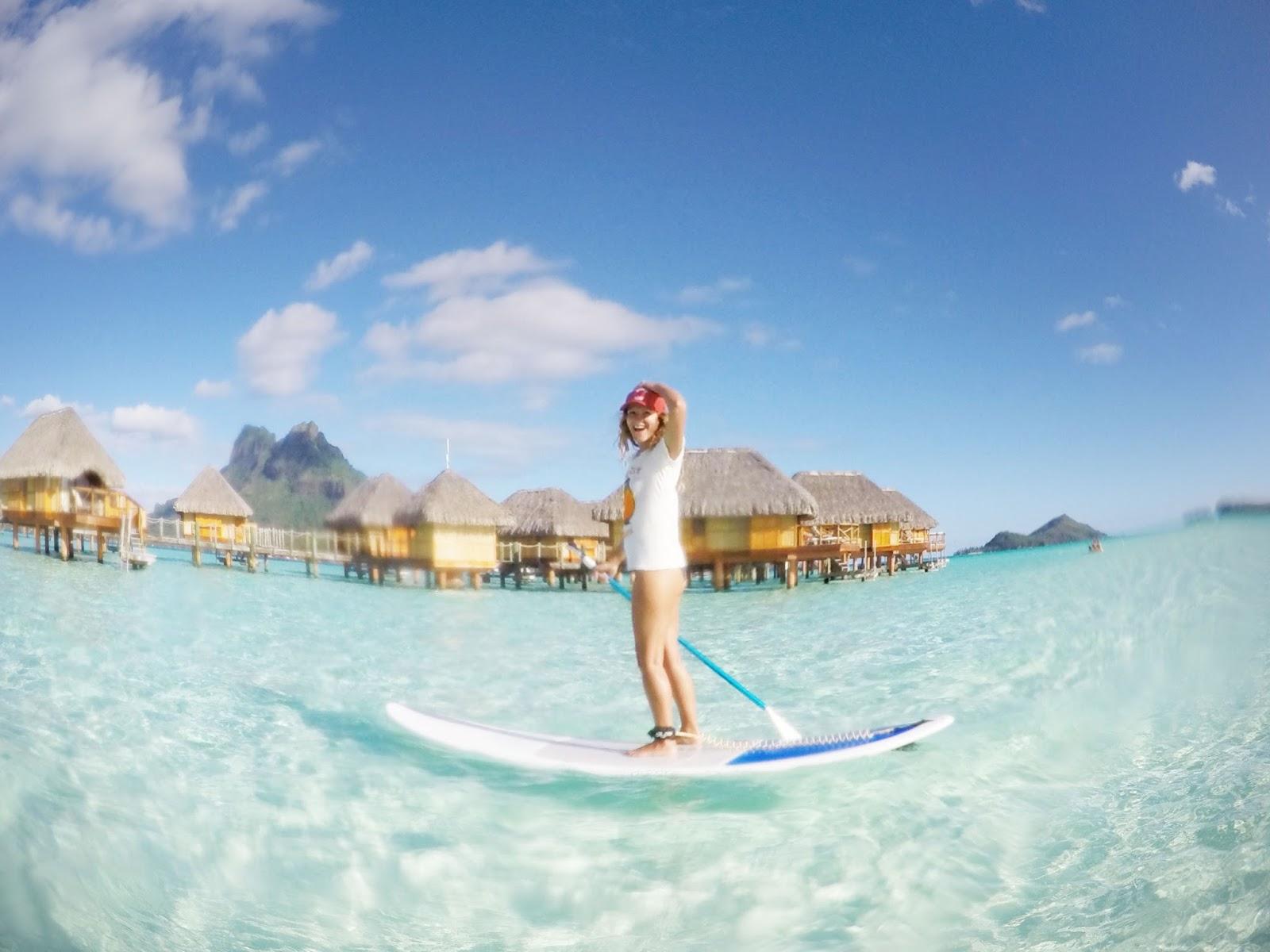 Bora Bora peddle boarding