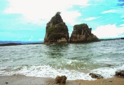 Kondisi Tanjung Layar Saat Pasang