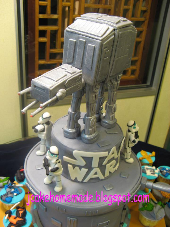 Jcakehomemade Star War Theme Birthday Cake And Cupcakes
