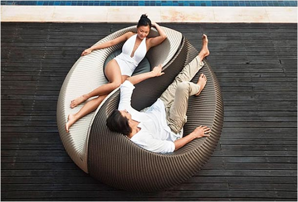 Unique And Comfortable Yin Yang Chair Design Amazing
