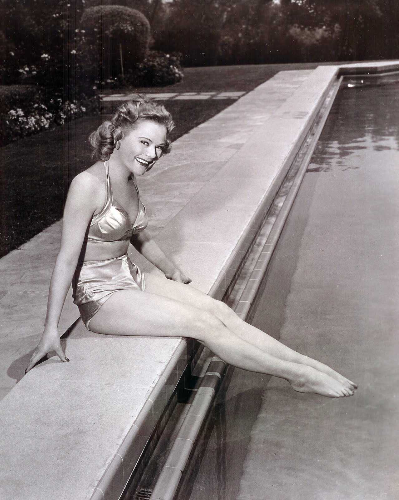Sexy Legs Sonja Henie  naked (64 fotos), Snapchat, swimsuit